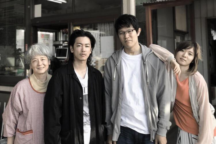 電影《那一夜》主要演員:田中裕子、佐藤健、鈴木亮平,以及松岡茉優。