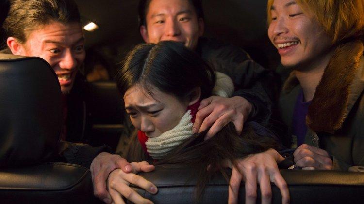 真實事件改編電影《少女墮落日記》:遭蹂躪少女踏過地獄歸來,夜夜「調教」男人復仇首圖