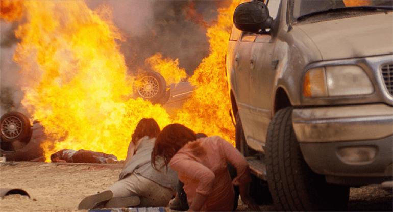 《 極限獵殺 》 電影劇照 。