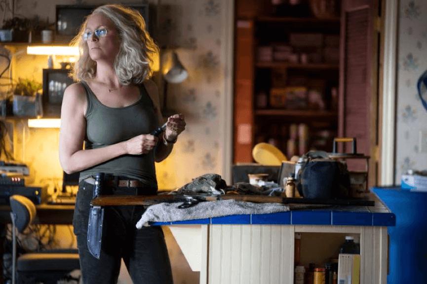 接續 40 年前的《月光光心慌慌》,潔美李寇蒂斯飾演的洛莉在最新續集中展開復仇計畫。