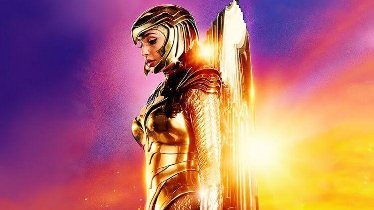 《神力女超人 1984》中身著金鷹裝甲的「神力女超人」蓋兒加朵。