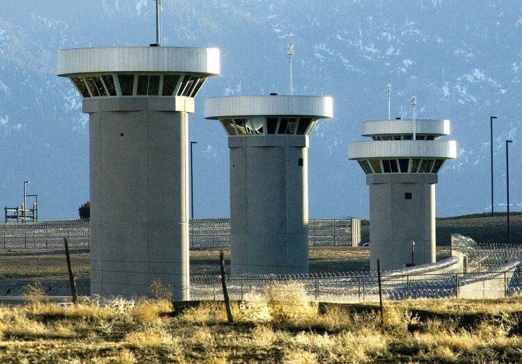 ADX 佛羅倫斯監獄。
