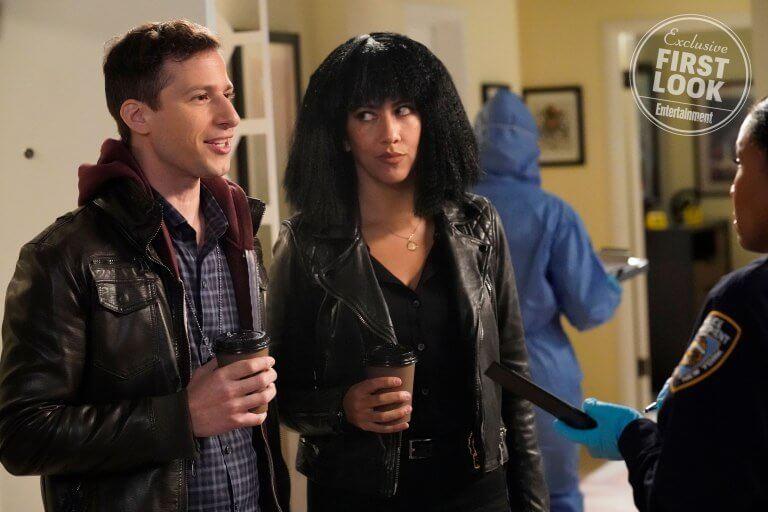 外媒 EW 發佈的《荒唐分局》第六季首波劇照。