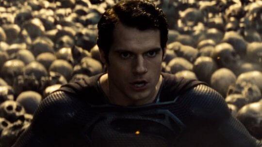《超人:鋼鐵英雄》