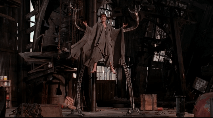山姆雷米導演電影《蜘蛛人 2》八爪博士劇照。