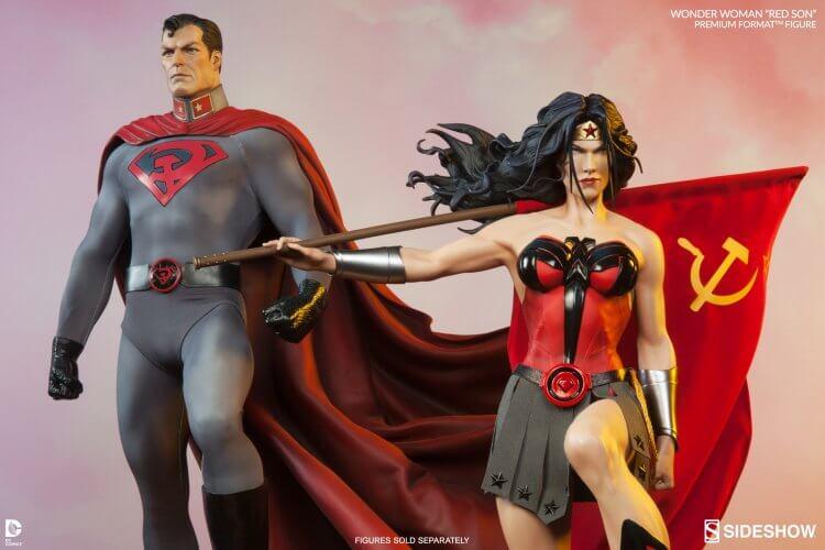 《超人:紅之子》。