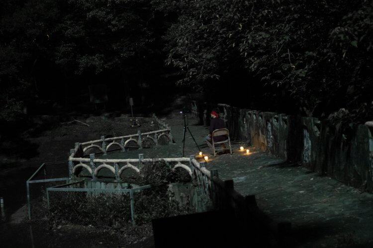 《女鬼橋》改編自真實都市傳說「 東海大學女鬼橋 」。