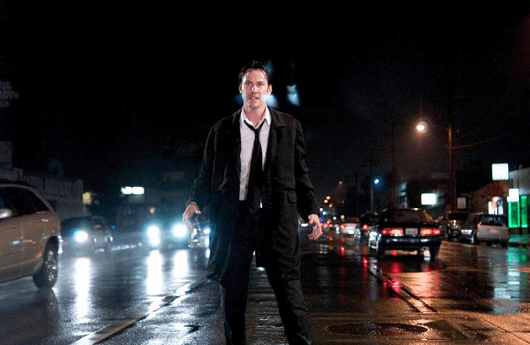 華納影業給了法蘭西斯勞倫斯高達 1 億美金的電影預算拍攝《驅魔神探》,可以想見電影公司信心爆棚的如意算盤。