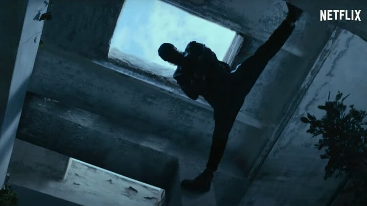 Netflix 動作喜劇《末代傭兵》預告釋出!尚克勞德范達美主演,化身最強傭兵拯救兒子首圖