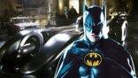 全新《閃電俠》電影片場照曝光!米高基頓版「蝙蝠車」與「蝙蝠洞」首亮相