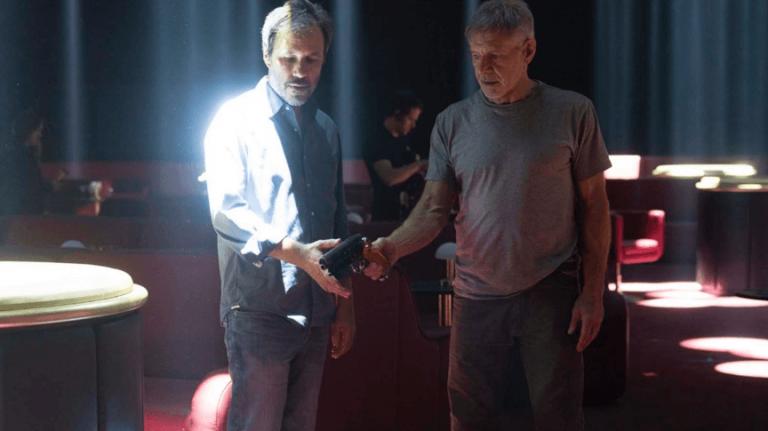 維勒納夫導演,雷恩葛斯林主演的 2017 年電影《銀翼殺手 2049》。