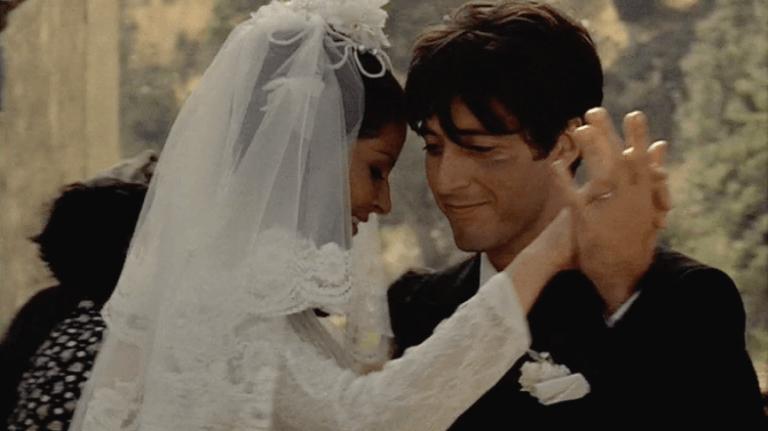 最令人欽羨的銀幕婚禮之一:1972 年法蘭西斯柯波拉執導電影《教父》。