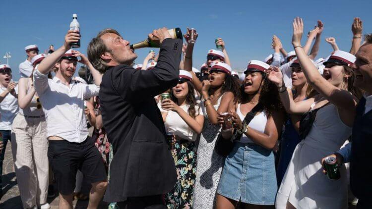 不醉不歡!「拔叔」麥斯米克森主演電影《醉好的時光》,代表丹麥進軍奧斯卡!2021 春季上映首圖