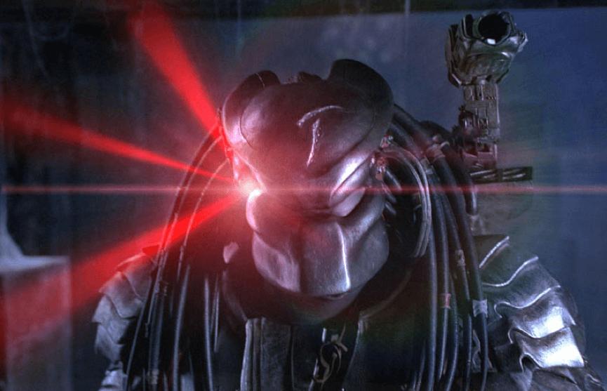 《 異形戰場 》中刀疤終極戰士的頭盔......