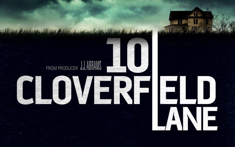 《科洛弗10號地窖》電影海報。