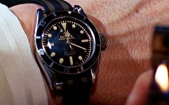 史恩康納萊飾演 007 詹姆士龐德時,於電影中配戴的勞力士腕錶 Submariner Ref. 6538。