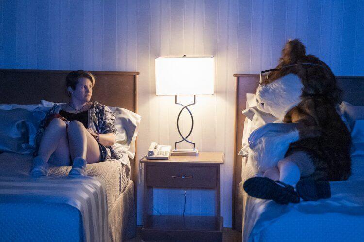 HBO 7 月播出《104 房客》影集劇照。