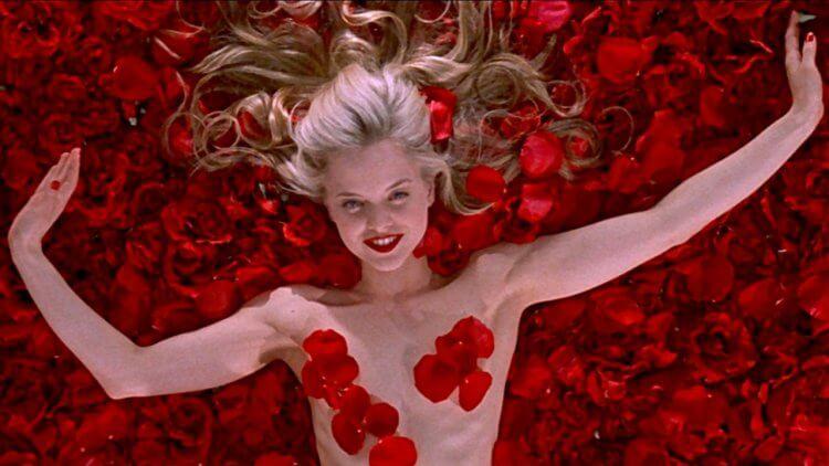 【影評】《美國心玫瑰情》:戳破中產階級的完美假象,永不褪色的經典好片首圖