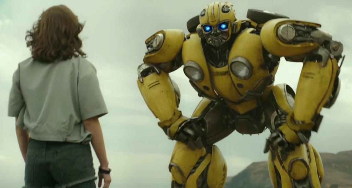變形金剛系列電影最新外傳《大黃蜂》。