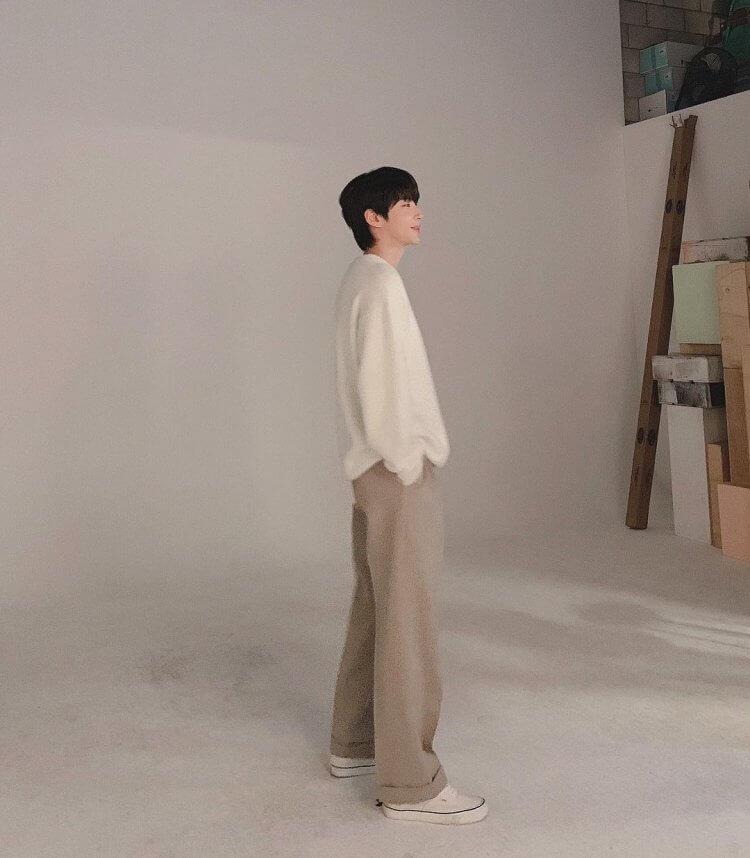 黃仁燁本來是以模特兒出道