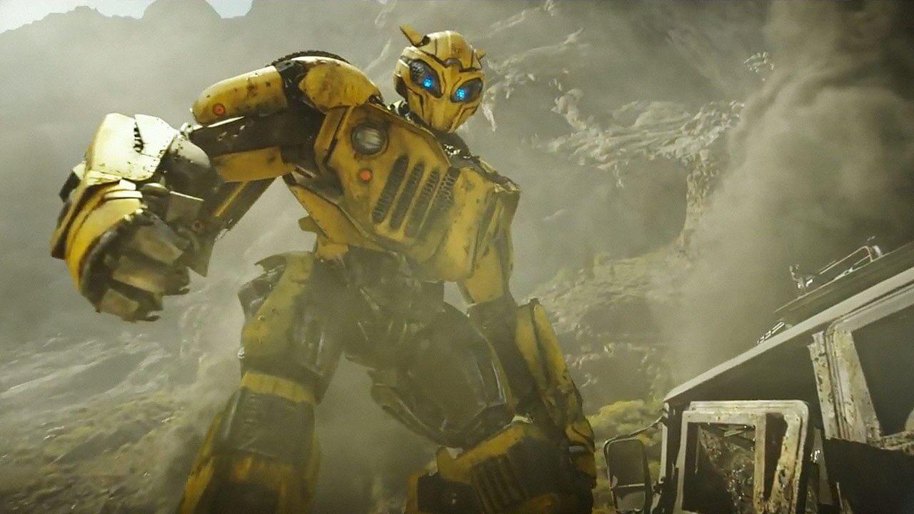 為逃離狂派金剛追殺,「B-127」大黃蜂受柯博文之命轉進地球建立據點。