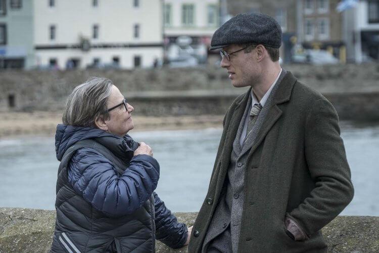 電影《普立茲記者》導演安格妮茲卡賀蘭與詹姆士諾頓。