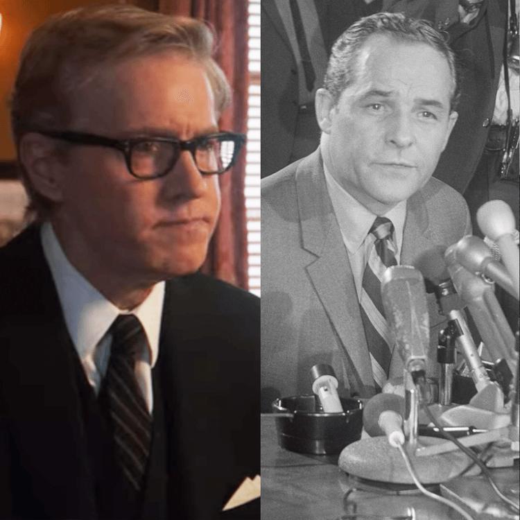 JC 麥肯齊於《芝加哥七人案:驚世審判》中飾演湯姆福蘭。