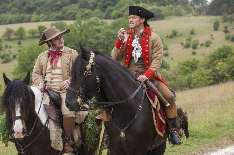 在 2017 年《美女與野獸》中飾演一對搭擋的路克伊凡斯、喬許蓋德已確定在前傳影集中回歸。