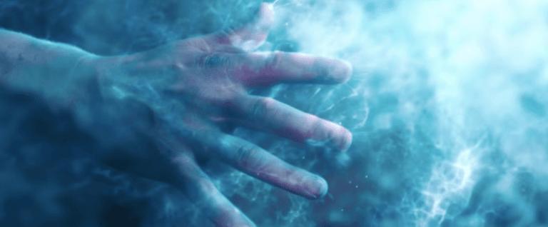 《驚奇隊長》中的麥高芬 (MacGuffin) 是「空間寶石」(Space Stone) 宇宙魔方 (Tesseract)