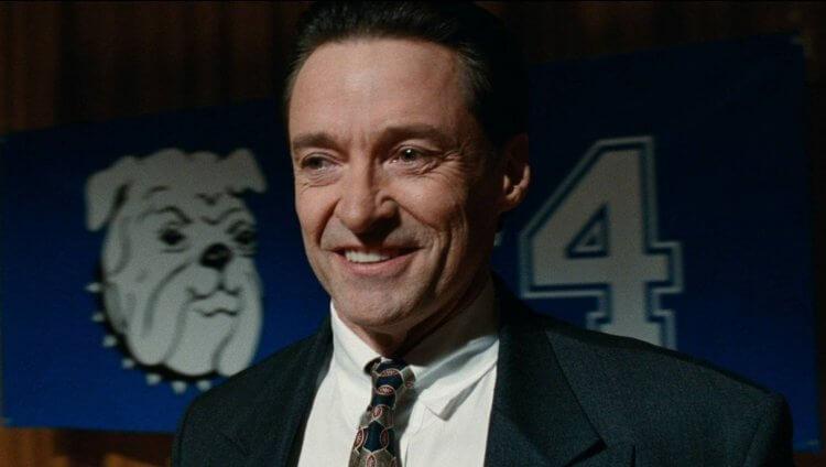 真人真事改編的劇情片《壞教育》,休傑克曼在電影中飾演挪用公款多年的校長法蘭克。