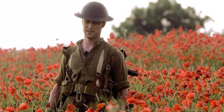 以第一次世界大戰為背景的戰爭劇情片《1917》請來名家羅傑狄金斯擔任攝影,畫面精準的同時,也期待觀眾能體驗與片中人物「相同的」體感時間。