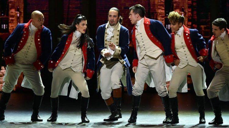 劇作家林曼努爾米蘭達的經典劇作《漢密爾頓:一部美國音樂劇》將被迪士尼搬上大銀幕。