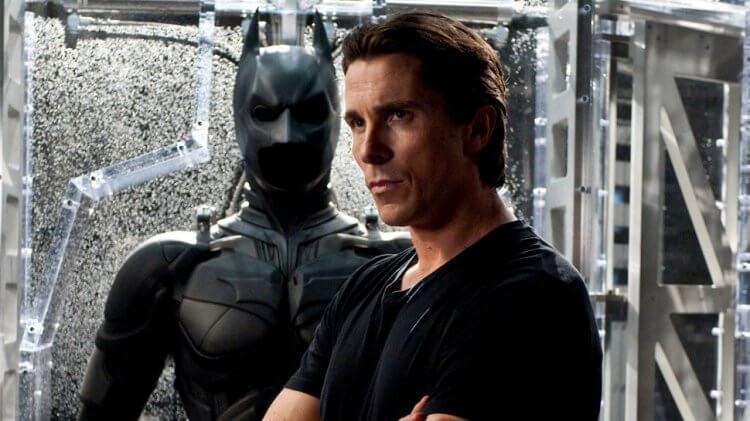 克里斯汀貝爾曾在諾蘭《黑暗騎士》三部曲中,飾演超英雄「蝙蝠俠」布魯斯韋恩。