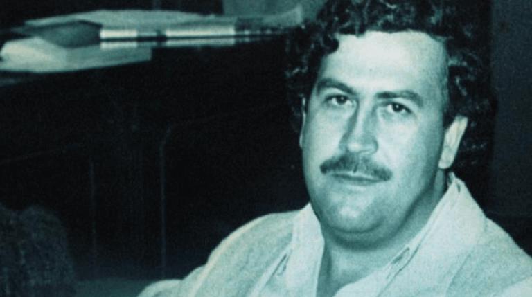 毒梟艾斯科巴 (Pablo Escobar)。