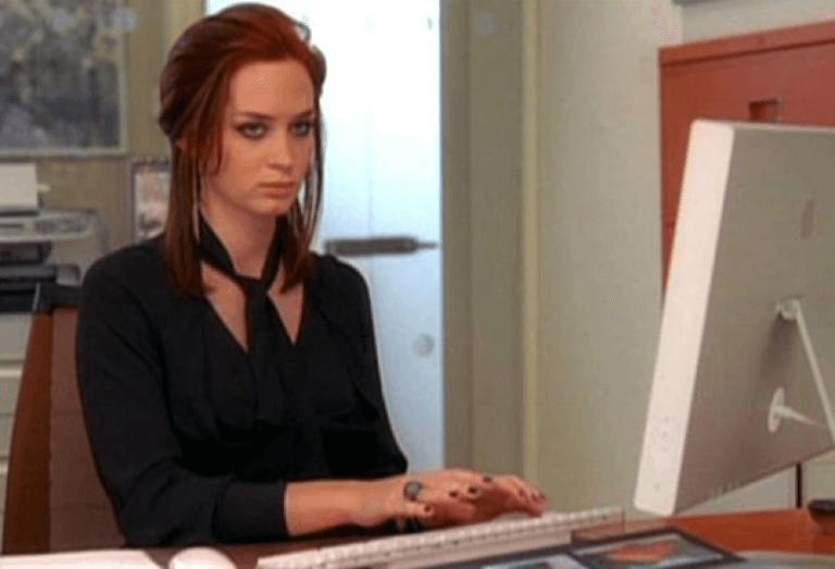 艾蜜莉布朗在《穿著 Prada 的惡魔》中的演出確實又壞又無法真的討厭她。