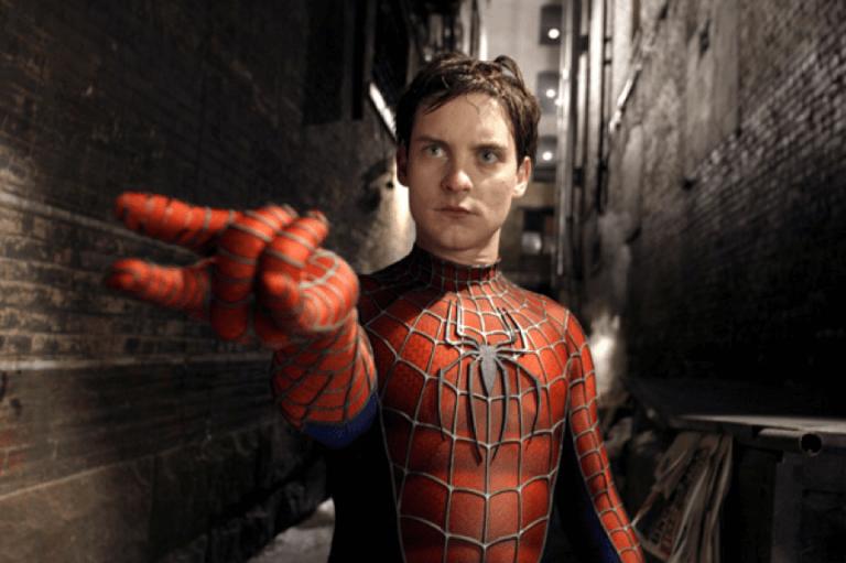 2002 年索尼推出由陶比麥奎爾主演的《蜘蛛人》系列電影。