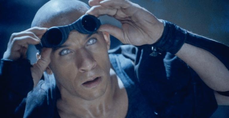 延續《星際傳奇》,馮迪索一手打造的《超世紀戰警》系列電影,圖為他所飾演的雷迪克。