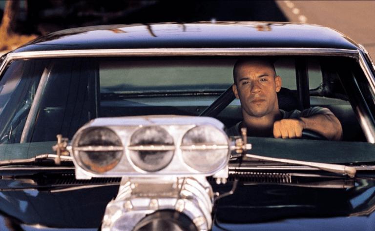 馮迪索在《限制級戰警》中飾演一位反成為埋伏恐怖組織的線民毒販。