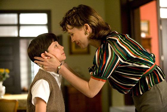 《穿條紋衣的男孩》電影中薇拉法蜜嘉因飾演阿薩巴特菲爾德的母親而獲得英國獨立電影獎的最佳女主角獎。