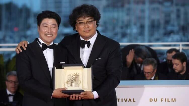 奉俊昊《寄生上流》榮獲去年坎城金棕櫚獎,並成為導演生涯最賣座的電影。