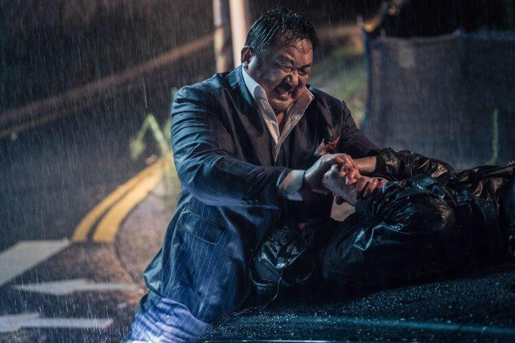 馬東石與金成圭雨中激烈打鬥戲