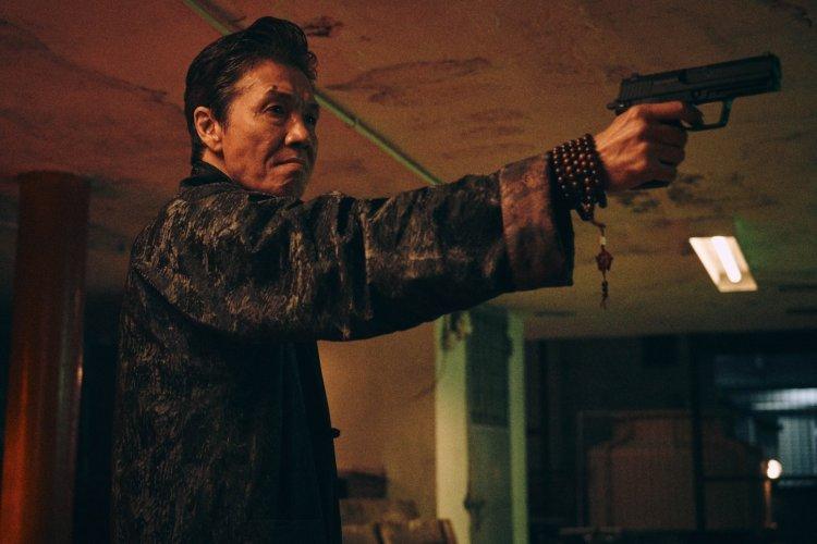 2020 年第 57 屆金馬獎閉幕片之一的港片《手捲煙》劇照。