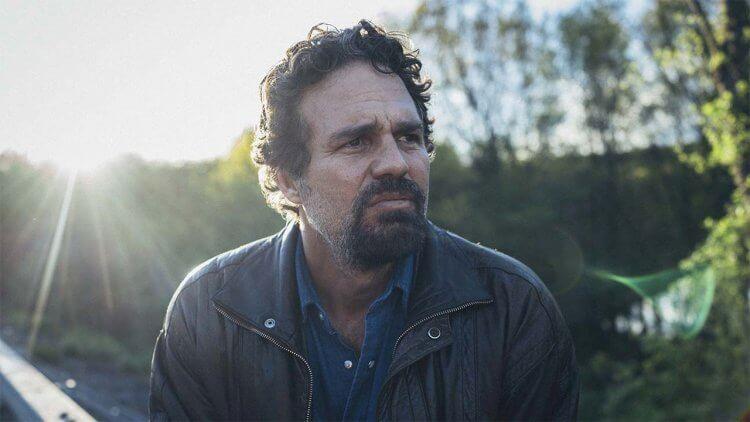2021 金球獎最佳男主角:連續短劇與電視電影由《他是我兄弟》馬克盧法洛獲得