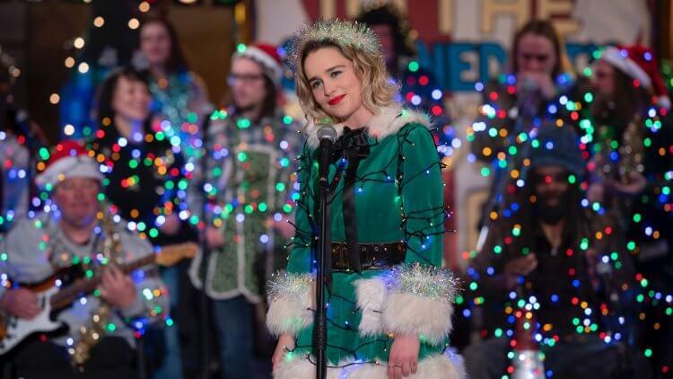 戀愛喜劇片《去年聖誕節》(Last Christmas) 劇照,艾蜜莉亞克拉克飾演女主角凱特。