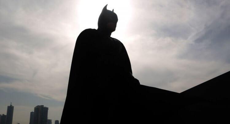 每到 DCEU 蝙蝠俠相關新片即將推出之際,猜猜哪位演員將飾演這位黑暗英雄也成了大眾娛樂。