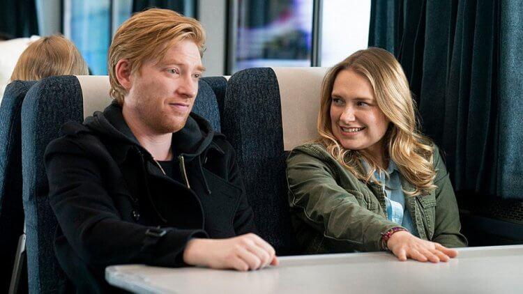 由菲比沃勒布里奇執筆的 HBO 全新影集《Run》將由影集《使女的故事》導演凱特丹尼斯執導。