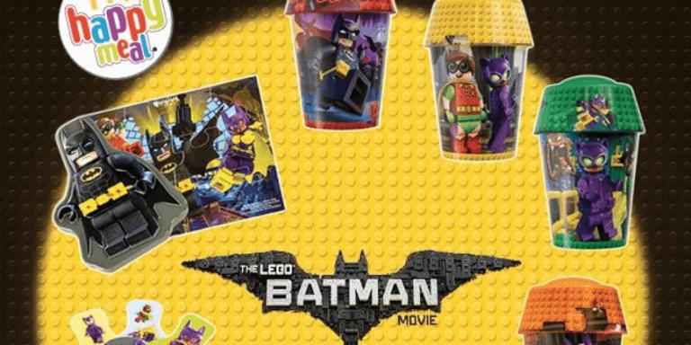 為吸引小孩帶家長消費,麥當勞歡樂兒童餐總是與許多作品聯名,如:《蝙蝠俠》附餐玩具。