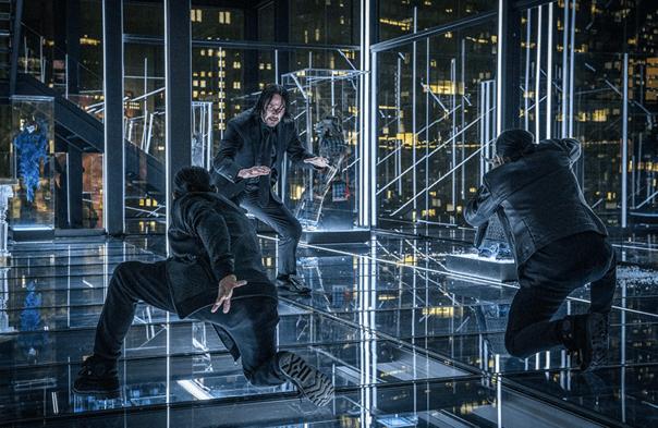 基努里維主演的動作電影系列最新作《捍衛任務 3:全面開戰》 中,拳腳功夫動作槍戰全面再升級!