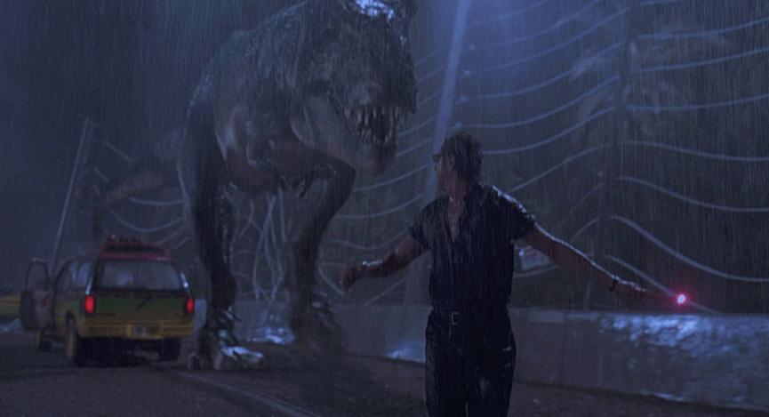 《 侏羅紀公園 》系列電影劇照 揮舞著螢光棒引誘恐龍移動。