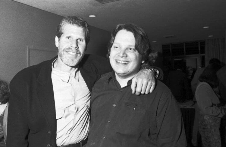 朗普曼(左)與吉勒摩戴托羅(右)。